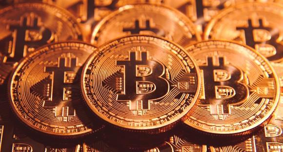 zašto bitcoin zarađuje zaraditi milijune trgujući binarnim opcijama